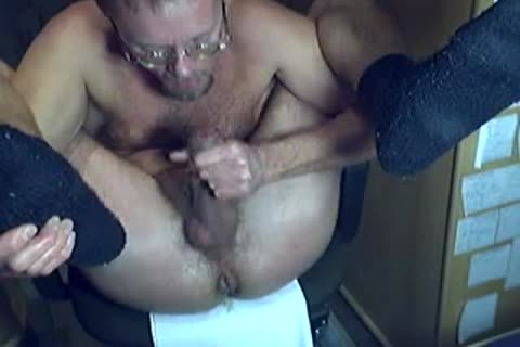 HARRI SELF-SERVICING WITH HIS dick AND sperm!