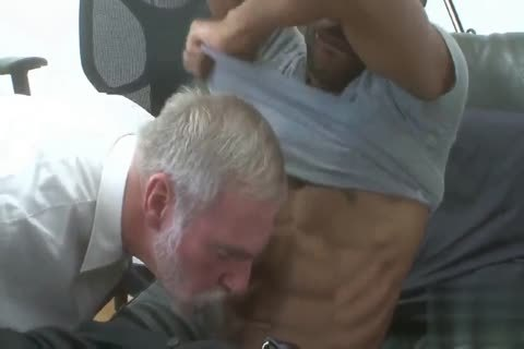 gracious Silver Daddy pounded By black juvenile Muscle