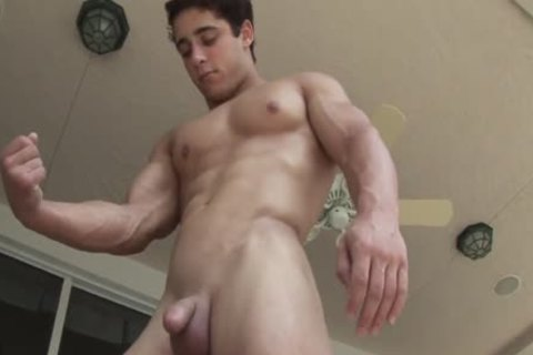 Anthony P, wet Muscle